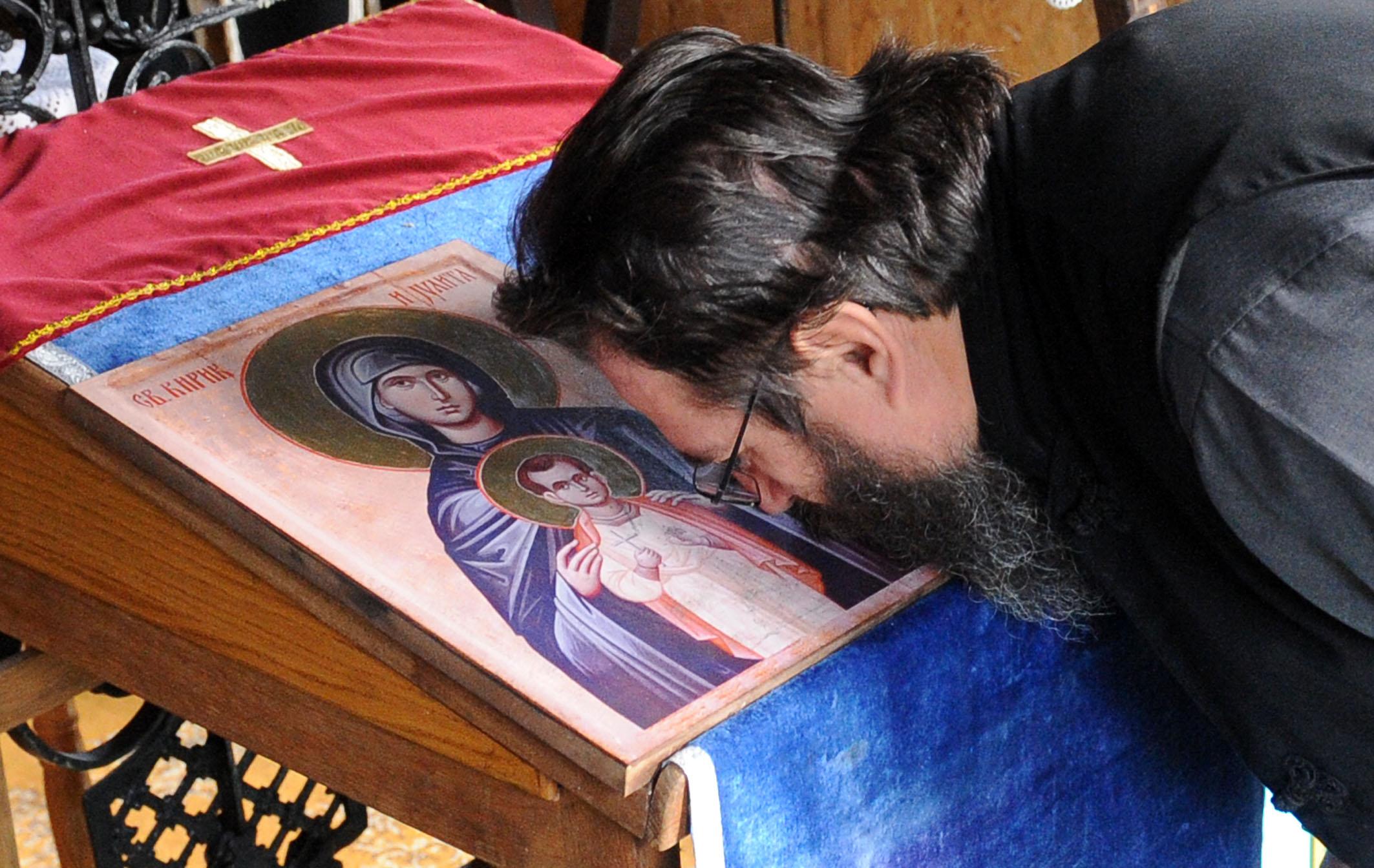 Српски манастир Бешеново и «руско присуство»